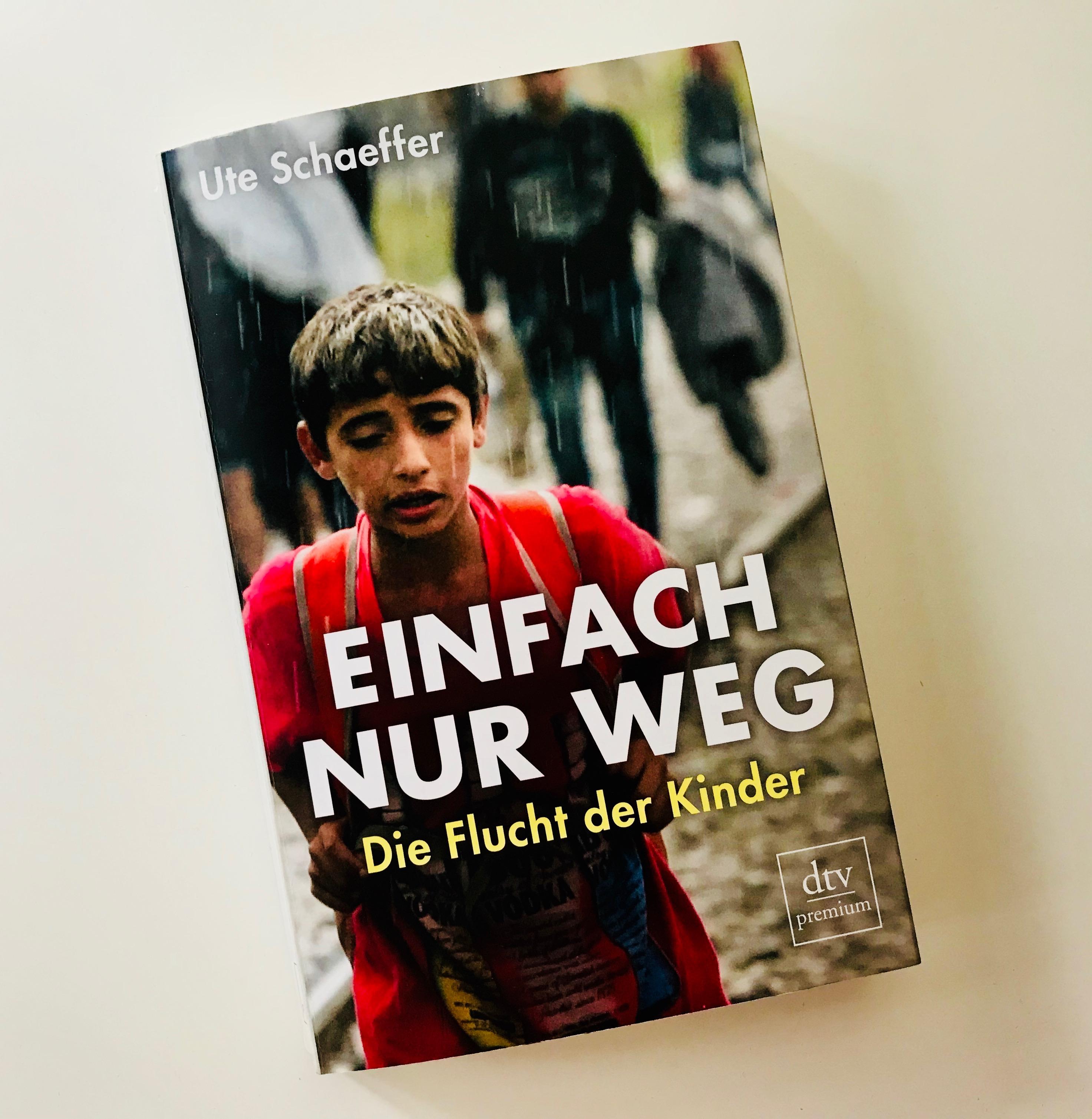 """Buchcover """"Einfach nur weg"""""""