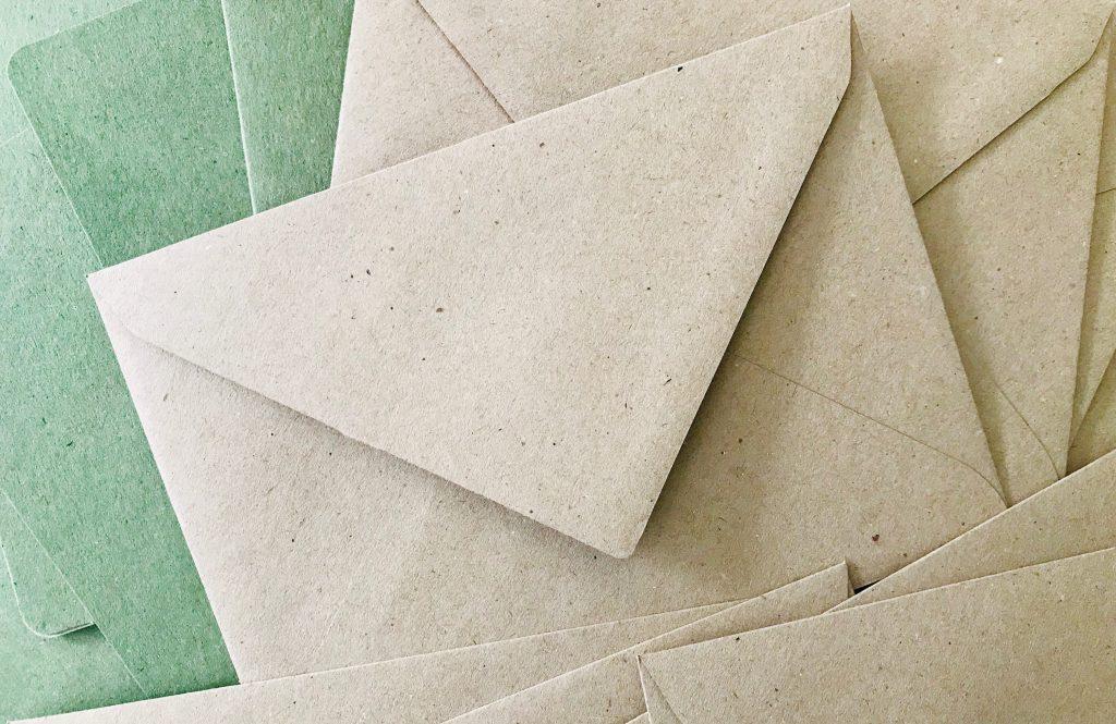 Kontakt: Briefumschläge